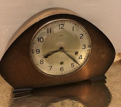 Smiths Art Deco Oak Cased Mantle Clock With Westminster Chimes C.1930s GWO