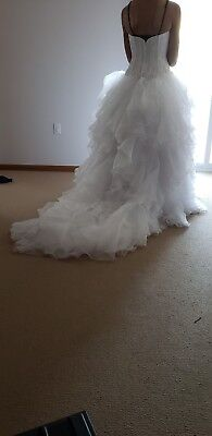 Pre owned wedding dress size 6