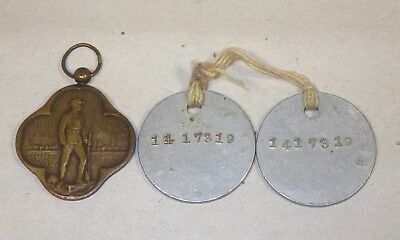 PAIR OF WWI US ARMY DOG TAGS & 88th INFANTRY DIVISION BRONZE MEDAL IN EX COND
