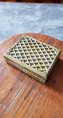 Vintage Womens Gold Tone Make Up And Cigarette Case