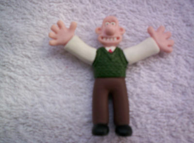 WALLACE and GROMIT GREEN VEST WALLACE 1989 COLLECTABLE FIGURINE