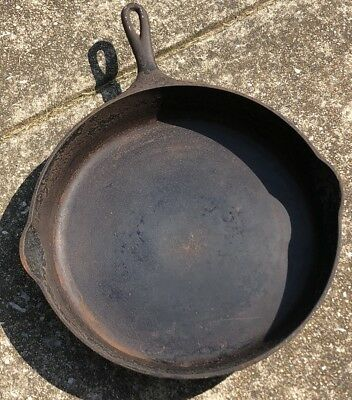 RARE Large Antique Wagner Ware 12 Cast Iron Skillet 1062A VTG Cooking Pan Big