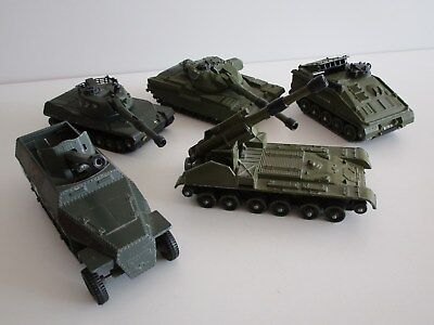 5 Dinky Toys Panzer