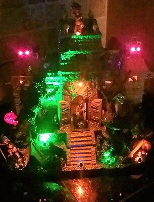 BRAND NEW Animated Lemax Spooky Town TEMPLE OF TERROR #05042, Halloween
