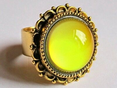 Queen of Virtue - Gold Plated Mood Ring - Adjustable - Big Flower - 20 mm