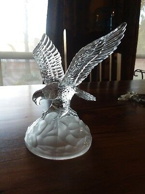 Eagle crystal glass figurine 8 inch tall 6.25 inch wing span