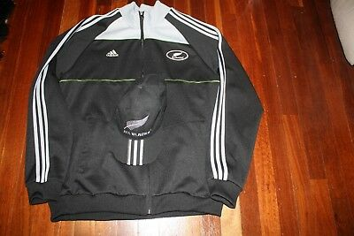All Blacks mens Zip up tracksuit jacket and Cap Combo Large/XL