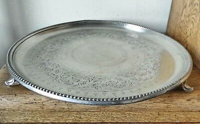 ANTIQUE 1880s VINTAGE SHEFFIELD ORNATE SILVER PLATED CIRCLAR TRAY on 3 Cast Feet