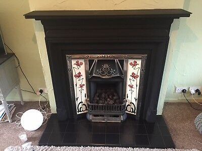 Cast Iron Fireplace - Surround With Tiles Hearth - Tiled Surround With Gas Fire