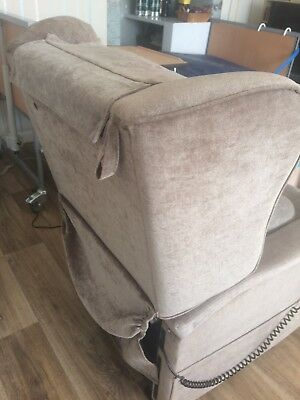 Specialist Nursing Home Rise And Recline Mobility Chair Excellent  Quality