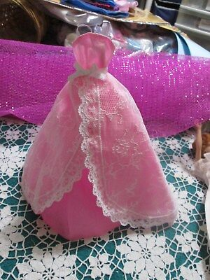 2015 Barbie Model Muse Birthday Wishes Pink & White Lace Gown With Tag Euc