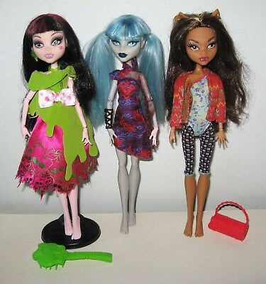 Monster High Dolls Draculaura, Ghoulia Yelps, Clawdeen Wolf