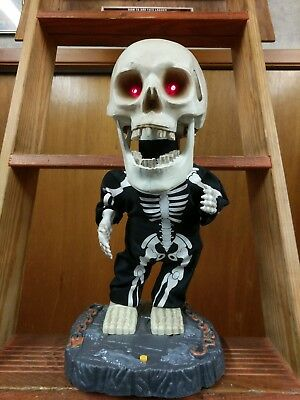 "Gemmy Halloween 2001 Animated Singing & Dancing Big Head Skeleton ""Super Freak"""