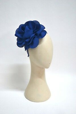 Stunning New Floral Fascinator Perfect For Melboune Cup / Weddings Or High Tea