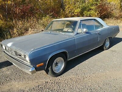 1972 Plymouth Valiant  1972 PLYMOUTH VALIANT     318 with factory ac with auto trans disc brakes