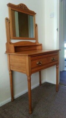 Pretty Arts and Crafts  Dressing Table