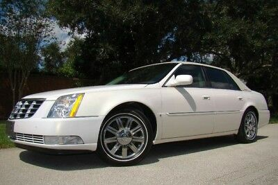 2006 Cadillac DTS  2006 CADILLAC DTS LEVEL III ONLY 55K LOW MILES! NEW TIRES! BEST COLOR! FL!
