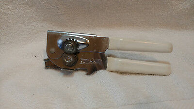 Vintage Swing-A-Way Can Opener Made in USA  Works Great !!!  B105