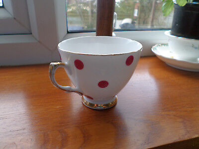Lovely Vintage Royal Vale China Tea Cup Red Polka dot