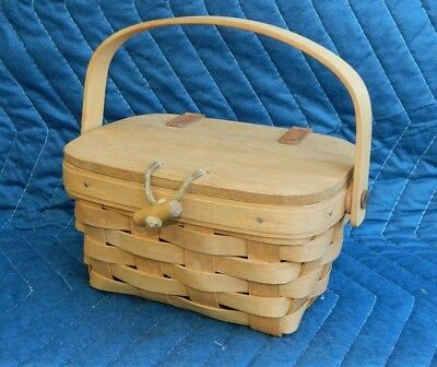 Small Kiddie Basket Purse w/ Lid 1993 Longaberger Basket NICE!!