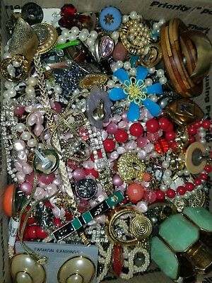 Vintage to New Jewelry Junk Lot 16lbs Harvest Repair, Craft, Pieces #0626