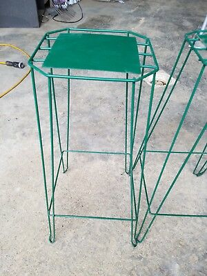 (1) Vintage Wire Metal Hair Pin Plant Stand