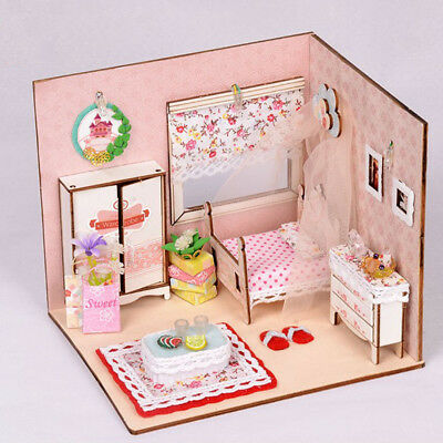 1/24 Miniature DIY Kits 3D Dolls House Girl Bedroom Model Kids Puzzle Toy