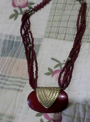 vintage beaded necklace dark red goldtone metal hard plastic very retro nice
