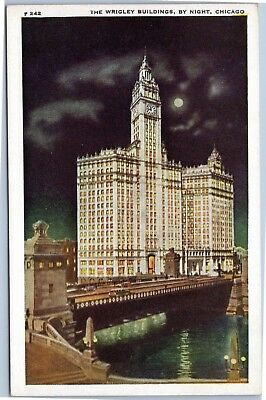 postcard IL - The Wrigley Building by night, Chicago