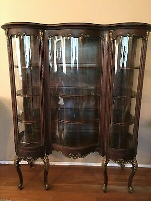 VINTAGE French Louis XV Style BOWED Curved Glass Vitrine Curio Display Cabinet