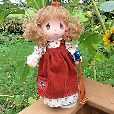 Precious Moments Four Seasons Musical Collection Fall/Autumn wind up cloth doll