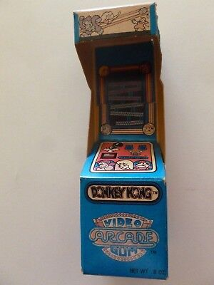 VINTAGE 1983 Topps DONKEY KONG  Video Arcade Gum Box  - FILLED