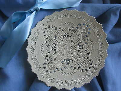 """5 pcs VTG 5"""" INCH ROUND YELLOW  ROUND PAPER VICTORIAN  LACE PAPER DOILIES"""