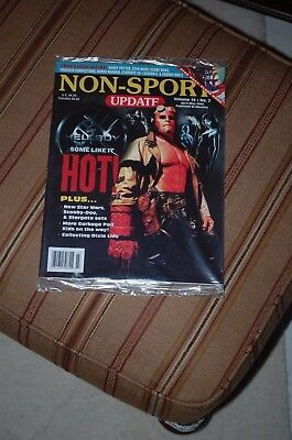 Sealed Non Sport Update Magazine Hellboy cover vol 15 #2 april/may 2004 With/pro