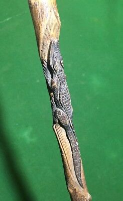 Rare Vintage Thorn W/ Maple Wood Handle Carved Aligator Walking Cane Unique