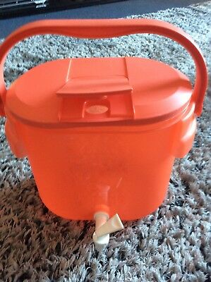 Tupperware 10 litre Drink Dispenser Red Used Good Condition bbqs Picnics Camping