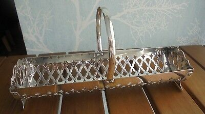 """Silver plate """"After 8"""" mint holder with handle Yeoman brand Made in England"""