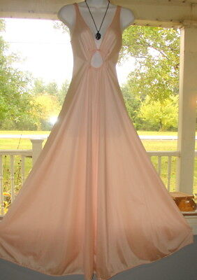 """Vintage Pink Olga Nightgown Keyhole Nylon Lace Sweep 132"""" Sz M-36 Nightgown gown"""
