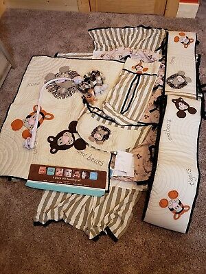 Baby Crib Bedding Set - 7 piece Lions, tigers and bears