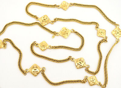 CHANEL CC Logos charm Necklace 67 inch long Gold Tone Vintage v694