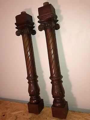 O 18 Antique Pair Of Beautifully Carved Wood Columns, Around 100 Years Old