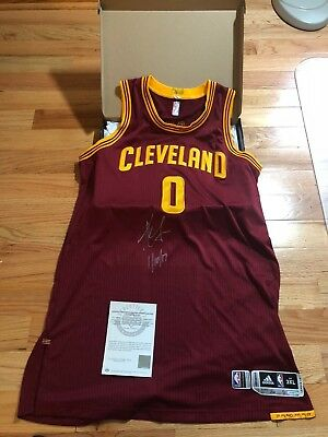 sneakers for cheap 0c31a 0047b Kevin Love UDA Upper Deck Signed Autograph 1 10 17 Game Worn Used