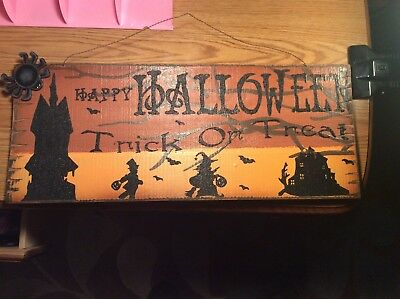 Amazing Well Done Large  Hand Painted Reclaimed Wood Halloween Sign-Excellent