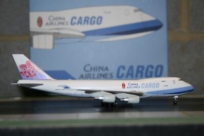 Dragon Wings 1:400 China Airlines Cargo Boeing 747-400F B-18705 (55627)