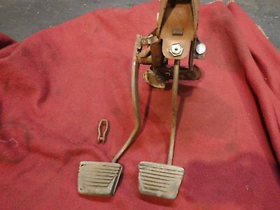 60 61 62 63 64 Chevy Corvair Clutch Pedal Pedals Assembly 4 Speed Spider Spyder