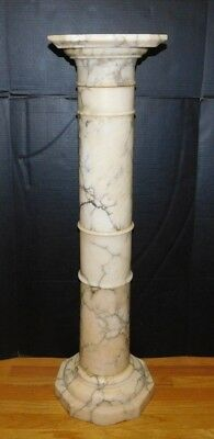 Antique Tuscan Victorian Italian Veined Carrara Marble Pedestal Sculpture Stand