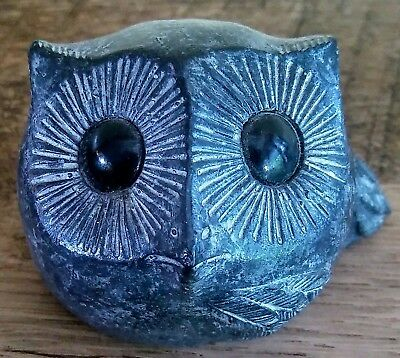 Hand Carved Owl Figurine Soap Stone Black with Big Eyes by Wolf Original Canada