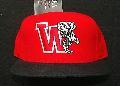 1990s WISCONSIN BADGERS VINTAGE NEW ERA 100% WOOL 5950 PRO MODEL FITTED CAP