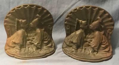 Antique Cast Iron Asian Kissing Couple Book Ends Bookends