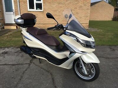 Piaggio X10 350 Executive. 2013, Only 4900 Miles.
